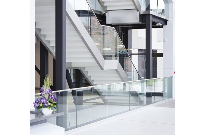 q railing balustrades glass balustrades and glass clamps. Black Bedroom Furniture Sets. Home Design Ideas