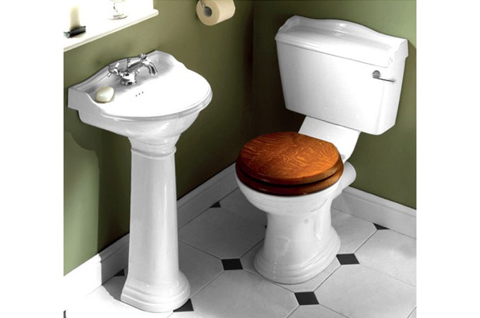 Legend Traditional Bathroom Suite At Victorian Plumbing Uk: Victorian Plumbing: Bathrooms And Bathroom Accessories