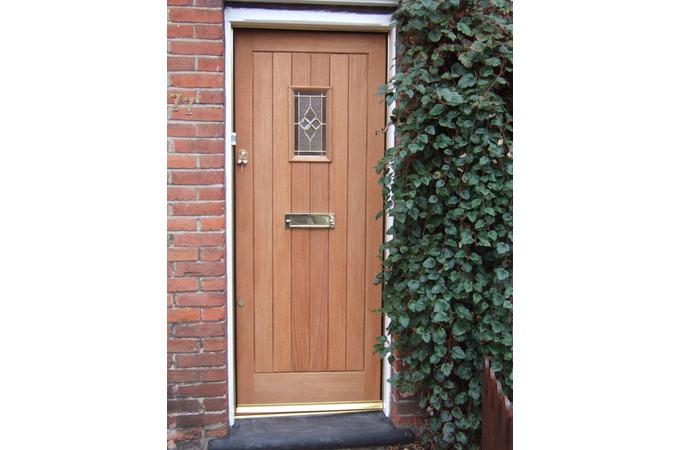 Doors colchester upvc stable doors colchester sc 1 st we for Local door companies